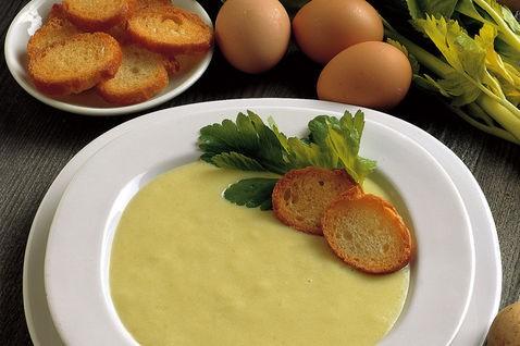 crema di cipolle, patate e porri