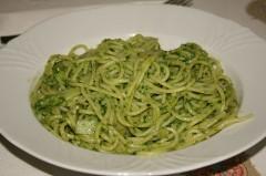 spaghetti al pesto.jpg